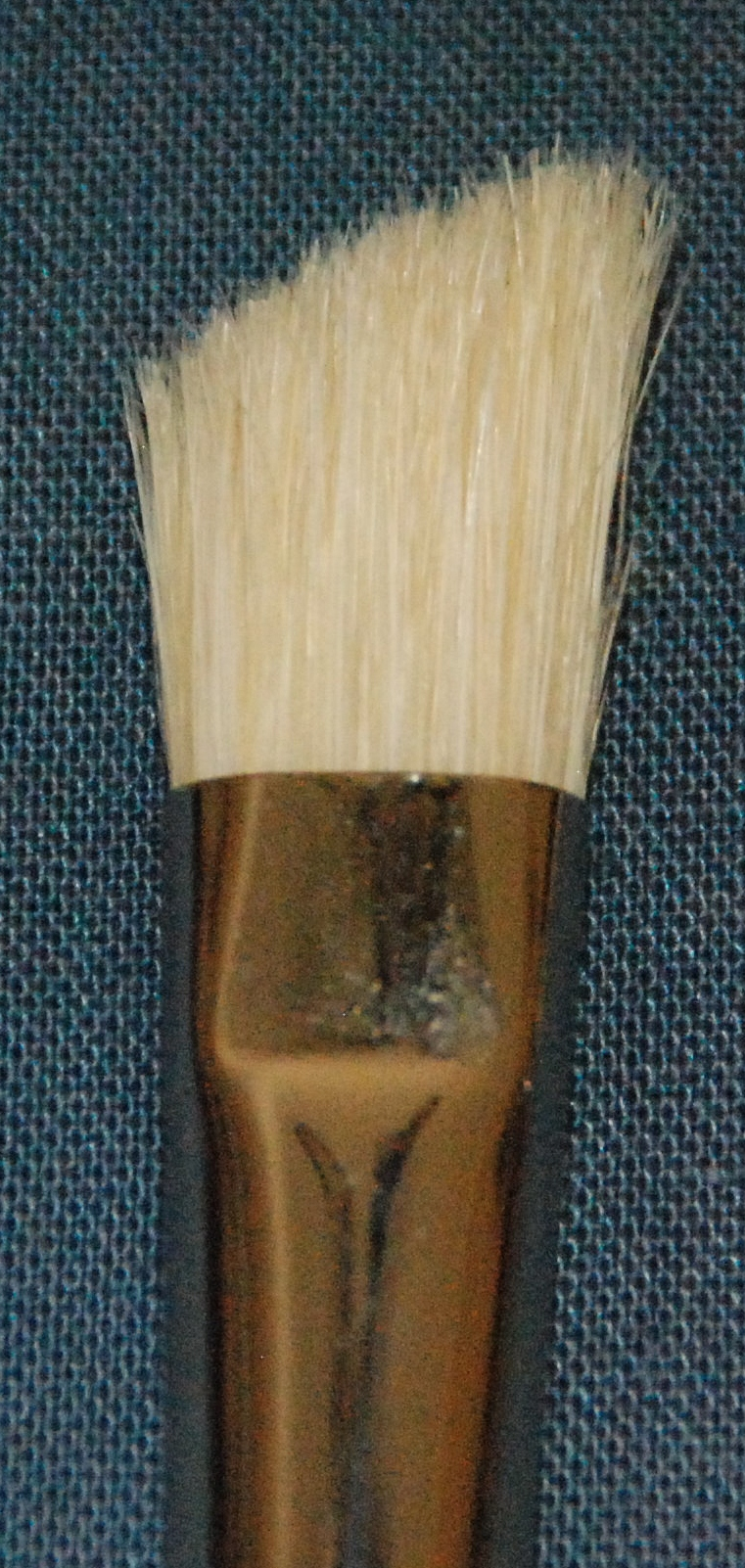Series 237 -  White Bristle Foliage Brush